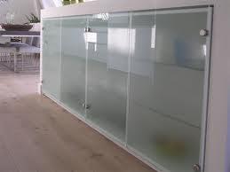 Glazen Deur Prijs : Glazen deuren prijzen voor plaatsen en leveren